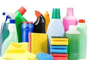 خطرناکترین مواد شیمیایی خانگی که برای خانهتکانی نباید به آنها دست بزنید