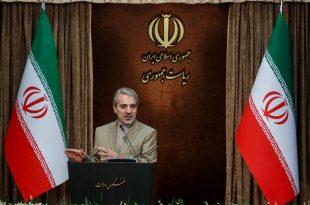 نسبت به آمارهای دولت، کیلویی حرف زدن، جواب کارشناسی نیست/دست به نامه شدن احمدینژاد خوب است/منتقدان درباره حقوقهای نجومى مديران بیانصافى میكنند