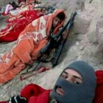نبرد مدافعین حرم در سرما+عکس