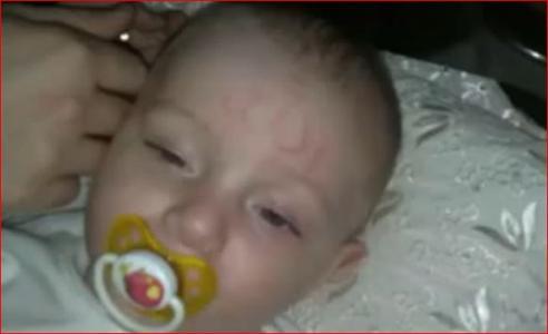 نوزادی که هر جمعه آیات قرآن به بدنش نقش می بندد + تصاویر