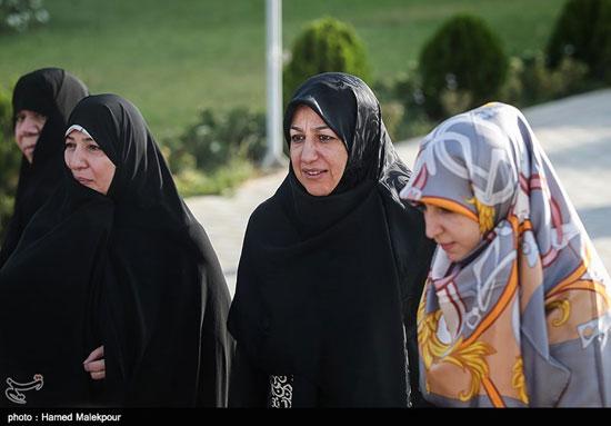 استقبال همسر ظریف از آقا محمدجواد
